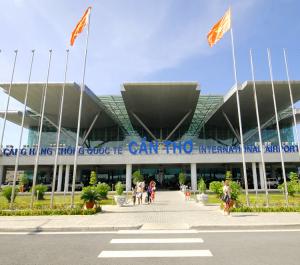 Cần Thơ và các tỉnh đồng ý mở lại đường bay nội địa